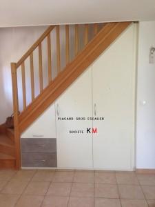 placard sous escalier 3