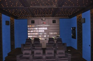 KM CINEMA (4)